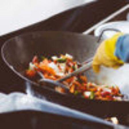 صورة لقسم طبخ